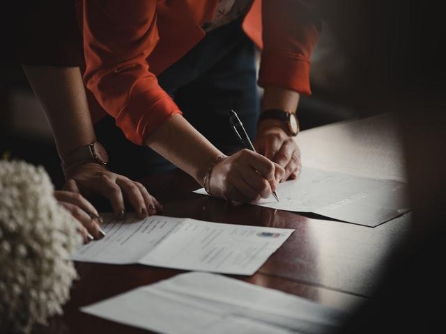 ¿Qué debes verificar antes de comprar una vivienda?